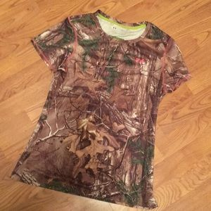 Under Armour heat gear fitted camo shirt
